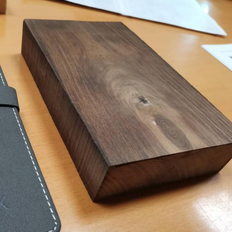 高性能改性木材